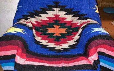 Royal Blue! Nya handgjorda filtar med starka färger från Mexico! 399:-/st Fl 60