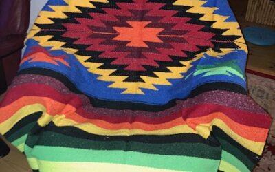 Nya handgjorda filtar med starka färger från Mexico! 399:-/st Fl 10 SÅLD