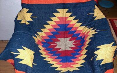 Nya handgjorda filtar med starka färger från Mexico! 399:-/st Fl 12