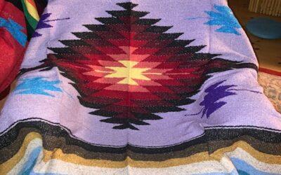 Nya handgjorda filtar med starka färger från Mexico! 399:-/st Fl 57