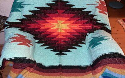 Nya handgjorda filtar med starka färger från Mexico! 399:-/st Fl 13